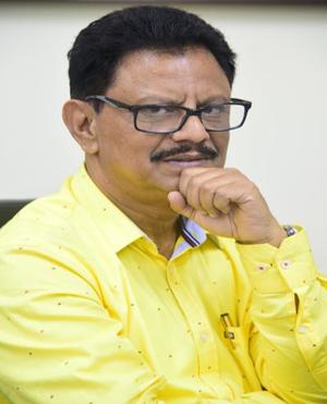 Dr. Dipak Samantarai